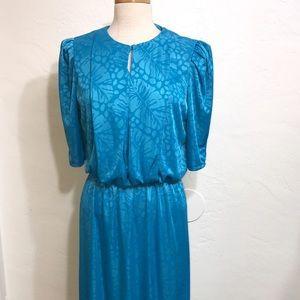 1070'S Vintage Dress Size: 13 Like New